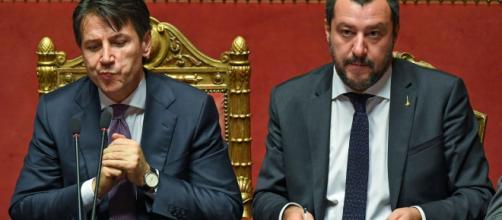 Flat tax, la proposta di Salvini anticipa la manovra, ma scatena l'ira di Conte