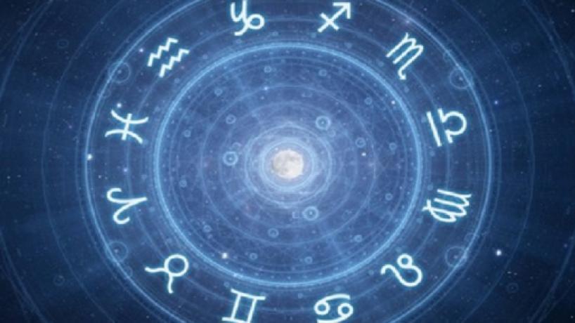 L'oroscopo del giorno 22 luglio, 2ª sestina: ottimo lunedì per Scorpione e Capricorno