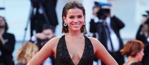 Bruna Marquezine já trabalhou com o modelo Younes Bendjima. (Arquivo Blasting News)