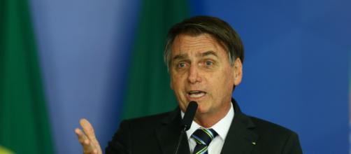 Bolsonaro anuncia suspensão de ingresso de trans em universidade federal. (Arquivo/ Blasting News)