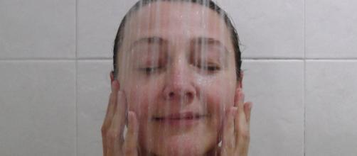 Una ducha antes de dormir mejora notablemente el descanso