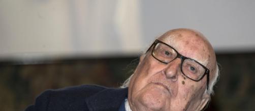 E' morto Andrea Camilleri, aveva 93 anni