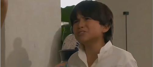 Marquinho será levado para um orfanato. (Reprodução/Televisa)