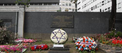 A l'emplacement du vélodrome d'hivers, les survivants des rafle de juillet et août 1942 n'ont pas oublié