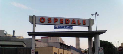 Bari, assenteismo all'ospedale di Monopoli: 13 arresti e 30 indagati