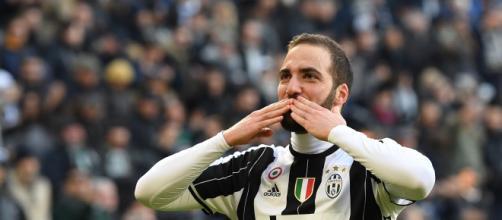 Calciomercato Juventus, futuro in bilico per Higuain
