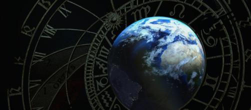 Oroscopo 19 luglio: Scorpione in ripresa, Sagittario in crisi