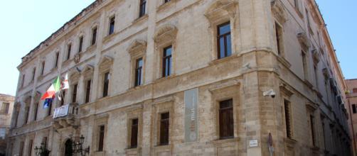 File:Sassari, palazzo ducale, 01.JPG - Wikimedia Commons - wikimedia.org