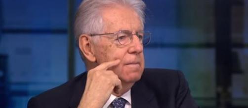Mario Monti a Repubblica, ancora una volta duro contro il Governo.
