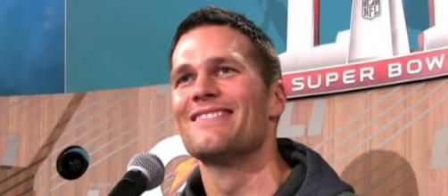 Tom Brady will lead the Patriots to their seventh Super Bowl trophy [Image Source: Jimmy Kimmel Live/YouTube]