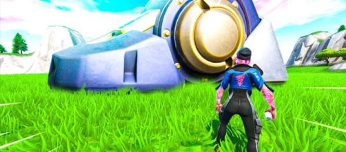 A giant robot has appeared in 'Fortnite Battle Royale.' [Source: Hollow / YouTube]
