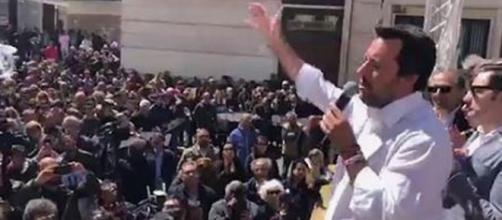 Matteo Salvini, ancora toni ruvidi con la Francia.