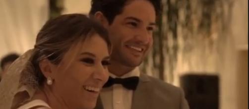Rebeca Abravanel mostra detalhes de seu casamento com Alexandre Pato (Reprodução/Instagram/@rebecaabravanel).