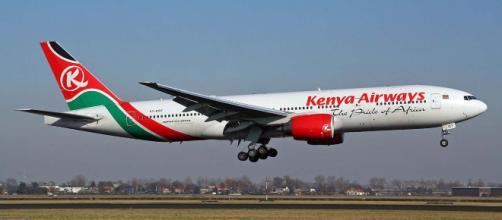 The body of a stowaway fell from the landing gear compartment of the Kenya Airways plane. [Image Björn Strey/Wikimedia Commons]
