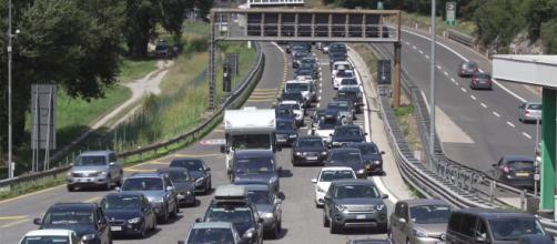 Traffico in autostrada per le vacanze estive