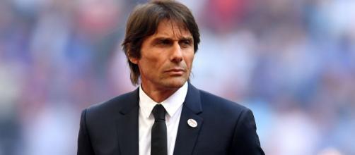 Antonio Conte lancia segnali all'Inter: 'In ritardo sia nelle uscite che nelle entrate' - foxsportsasia.com