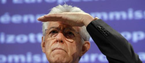 Mario Monti criticato da Vittorio Feltri