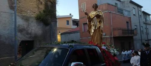 Simulacro di San Pantaleo in processione - Fonte: Pietro Serra