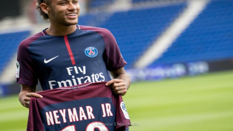 Juventus, voci dalla Spagna: possibile scambio Dybala-Neymar con il PSG