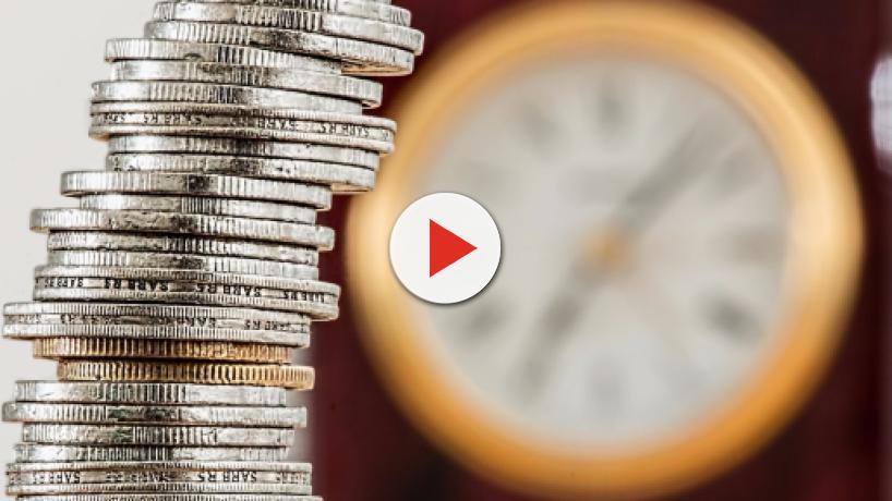 Pensioni, arriva la proposta Cgil: uscita a 66 anni, 42 di contributi e assegno di mille euro
