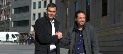 Sánchez e Iglesias mantienen una conversación sobre el bloqueo ... - elplural.com