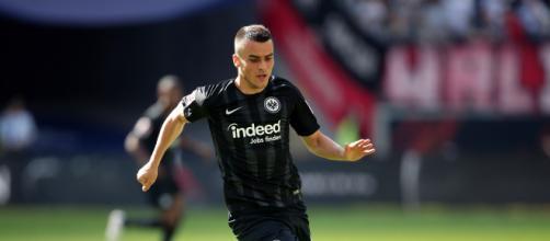 Mercato, Inter in cerca di un esterno sinistro: spunta il nome di Kostic