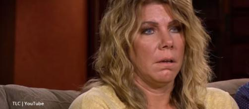 Meri Brown freaks out as the Museum Fire burns near Flagstaff, the new Sister Wives home - Image credit - TLC / YouTube
