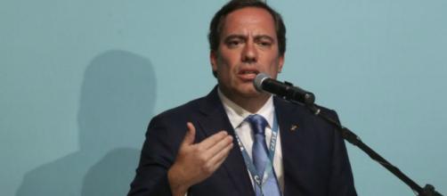Pedro Guimarães também confirmou que a instituição deverá abrir em finais de semana para pagar parte do FGTS. (Arquivo Blasting News)