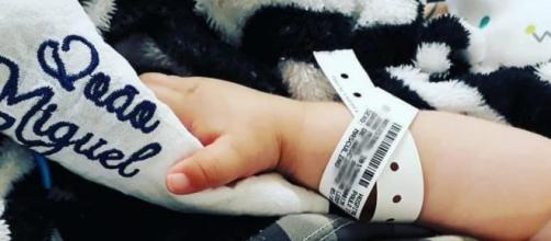 Homem é suspeito de gastar doações para o filho doente. (Reprodução/Facebook)