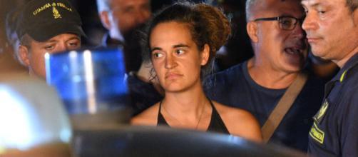 Carola Rackete agirà legalmente contro gli insulti ricevuti.
