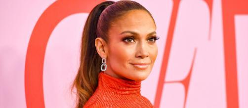 I 50 anni di Jennifer Lopez: uno special sulla sua vita e i suoi successi nel cinema e la musica