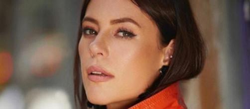A atriz encantou os internautas com beleza. (Reprodução/Instagram/@paollaoliveirareal)