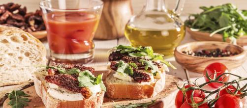 La Dieta Mediterránea es rica en verduras, frutas, cereales, frutos secos