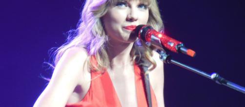Taylor Swift has over 5 billion views on Youtube (Image via Taylor Swift/Youtube)