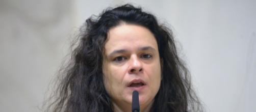Janaina Paschoal diz que Bolsonaro precisa ouvir umas verdades. (Arquivo Blasting News)