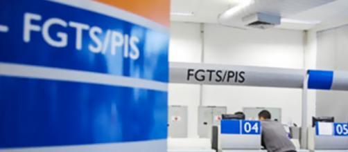 Governo divulgou calendário para saques do FGTS para 2020. (Arquivo Blasting News)