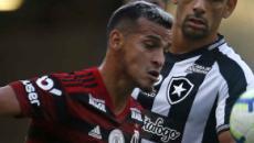 Antes de jogo decisivo da Libertadores, Flamengo derrota Botafogo de virada no Maracanã
