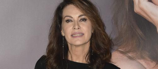 Elena Sofia Ricci sarà Laura in Vivi e lascia vivere.