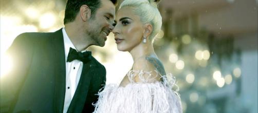Lady Gaga y Bradley Cooper podría aparecer juntos en los MTV