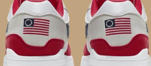La Nike ritira le Air Max 1 4th of July: sono offensive