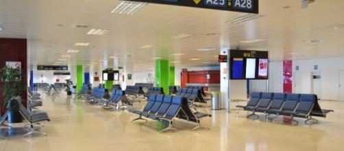 Una trabajadora del aeropuerto de Palma podría ser multada por hablar en catalán