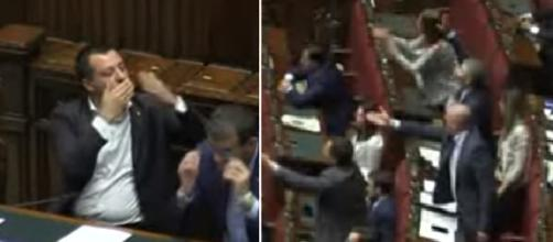 Matteo Salvini manda baci all'opposizione e la sinistra si infuria (Ph Youtube)