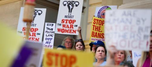 El Tribunal Supremo reconoce que hay una confusión sobre la violación en el Código Penal