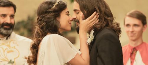 Il Segreto, trame spagnole: Isaac ed Elsa decidono di sposarsi dopo la morte di Antolina