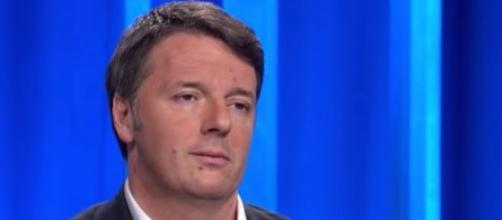 Renzi, lettera a Repubblica: 'Non c'è emergenza immigrazione, bisogna investire in Africa'
