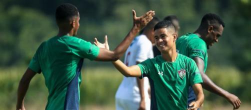 Revelação da base, Miguel quer fazer sucesso no Flu. (Divulgação/ Lucas Merçon/ Fluminense)