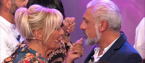 """Uomini e donne"""", Rocco e Gemma durante una puntata"""