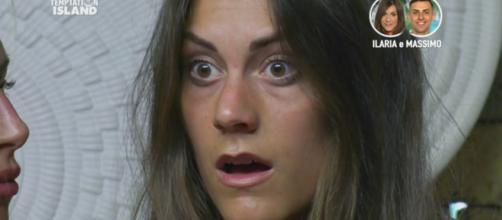 Anticipazioni Temptation, terza puntata, Massimo alla single Elena: 'Dormi con me?'.
