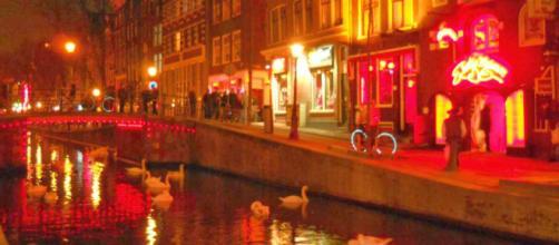 Capital da Holanda, Amsterdã decidirá paradeiro e destino do bairro da Luz Vermelha. (Arquivo Blasting News)