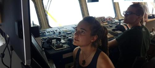 Classify German captain Carola Rakete - theapricity.com